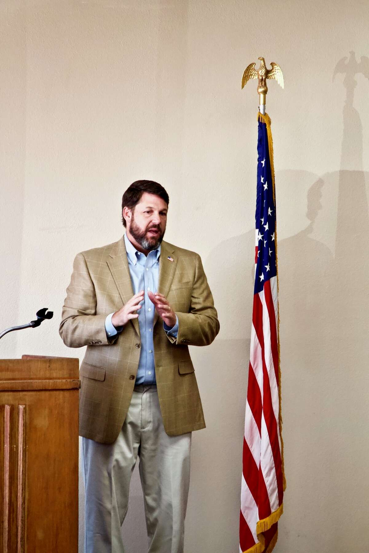 Congressman Jodey Arrington (R-19) spent some time Thursday chatting with constituents in Hale Center. About 40 people gathered at the LeMond Community Center in Hale Center to hear him speak about activity in Washington and to chat with him in person.