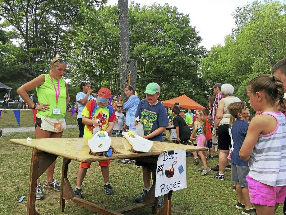Campers enjoy a carnival at Camp MOE in Torrington in 2017. The camp's annual fundraiser, Miles 4 Moe 5K run/walk, is set for Sept. 14. Photo: Ben Lambert / Hearst Connecticut Media