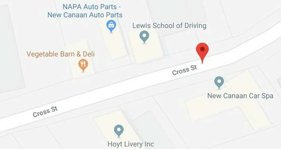 Senior housing, residential apartments, offices and retail could soon occupy property spanning nearly 11 building lots on Cross Street. Photo: Google Maps / New Canaan Advertiser