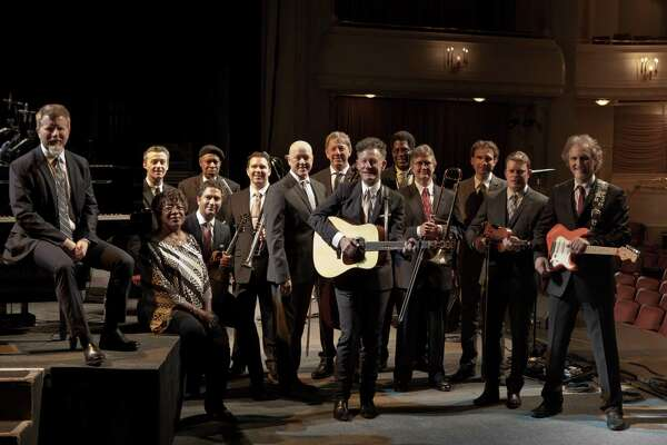 Lyle Lovett with his Big Band