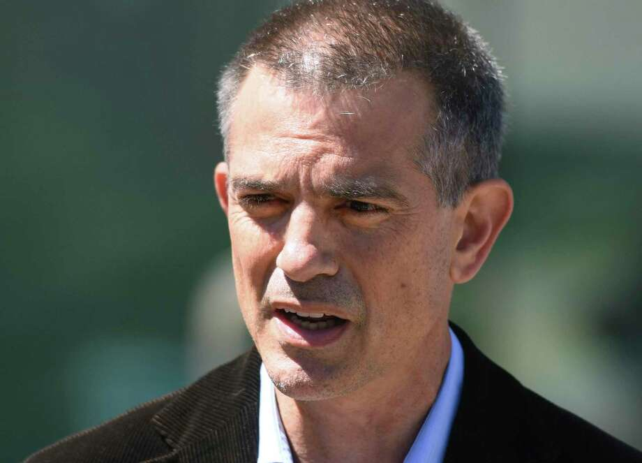 Fotis Dulos contacted the estranged wife of his former attorney, Kent Douglas Mawhinney, several times in May in an effort to patch up the couple's marriage, the woman told police, according to an arrest warrant. Photo: Tyler Sizemore / Hearst Connecticut Media / Greenwich Time