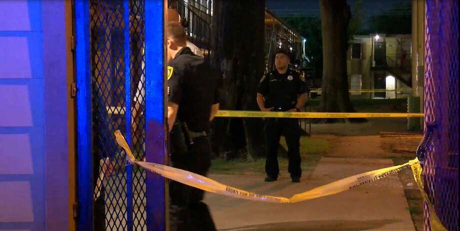 Police Searching For Masked Shooters In Southeast Houston