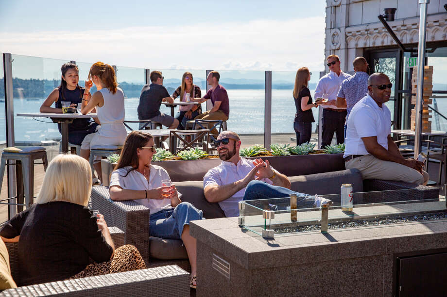 A pop-up deck is coming to Smith Tower for all means of outdoor-sunning and pinot-sipping 22 floors up. Keep clicking for more photos of Smith Tower through the years. Photo: Courtesy Of Smith Tower