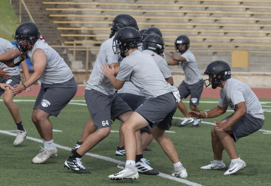 Andrews' players run drills 08/06/19 during the morning practice. Tim Fischer/Reporter-Telegram Photo: Tim Fischer/Midland Reporter-Telegram