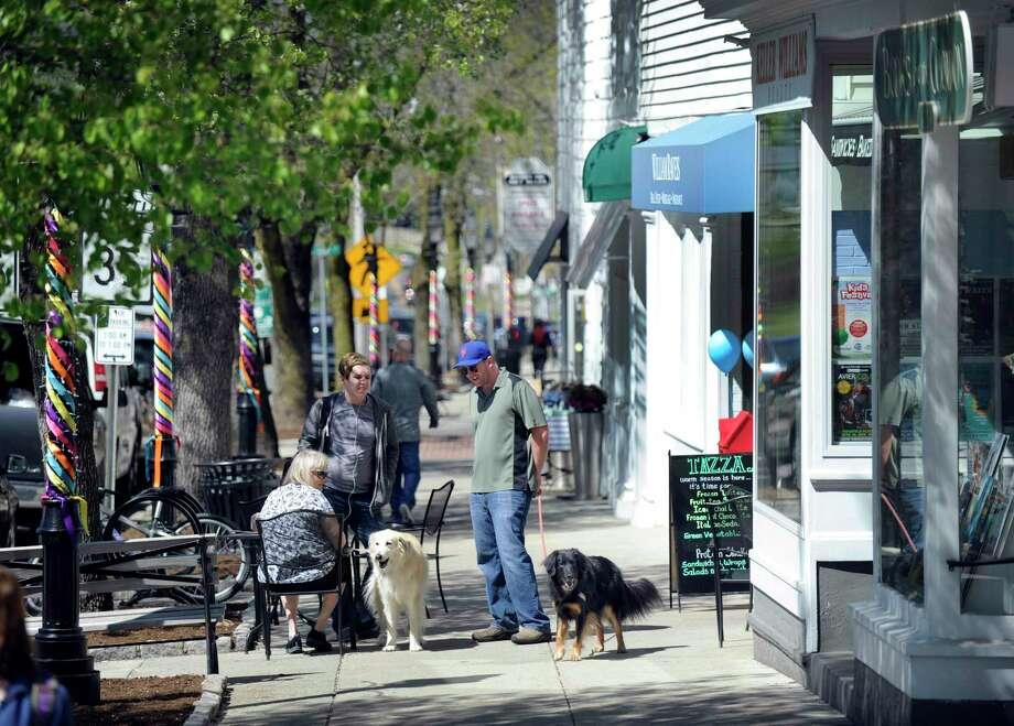 Main Street in Ridgefield. Downtown businesses could be receiving a boost from the e-commerce website, Ridgefield Marketplace. Photo: Carol Kaliff / Hearst Connecticut Media / The News-Times