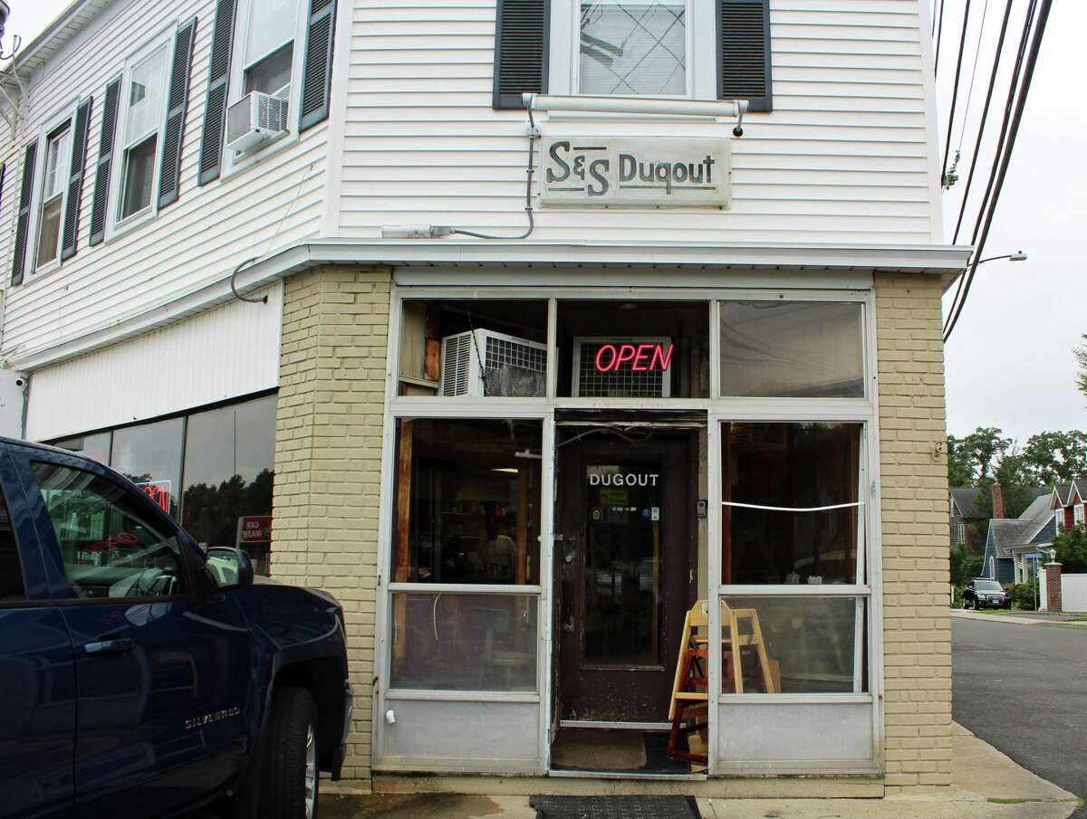 S&S Dugout obtained a four-point deduction for improper storage of chemicals.