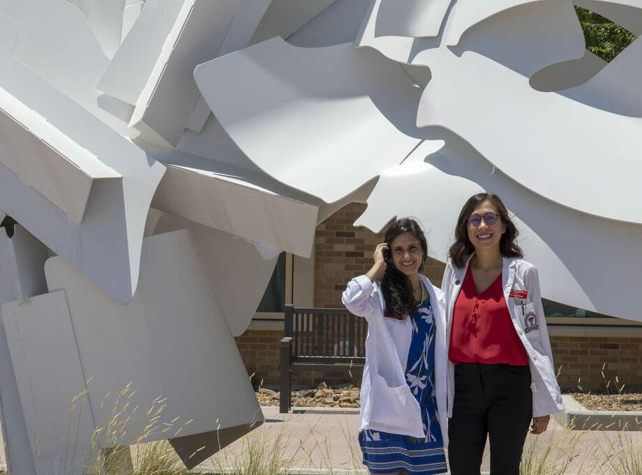 Medical students Jaanki Khandelwal and Maricela Chavez outside the new Academic Classroom Building at TTUHSC of the Permian Basin.  Jacy Lewis/Reporter-Telegram Photo: Jacy Lewis/191 News