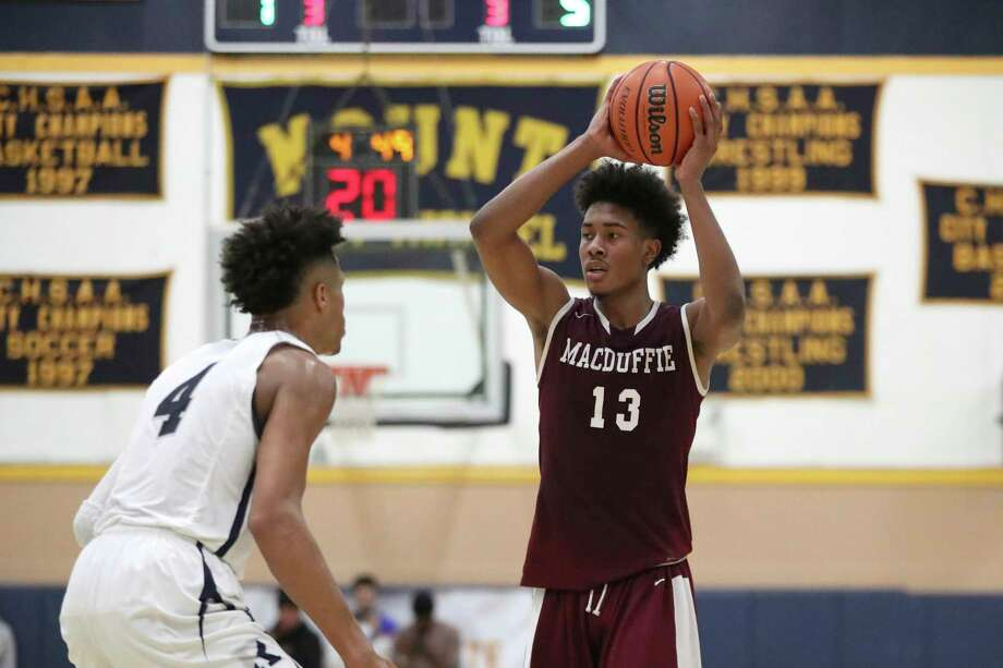 Richard Springs announced on Tuesday that he has committed to play at UConn. Photo: Associated Press File Photo / Copyright 2019 The Associated Press. All rights reserved.