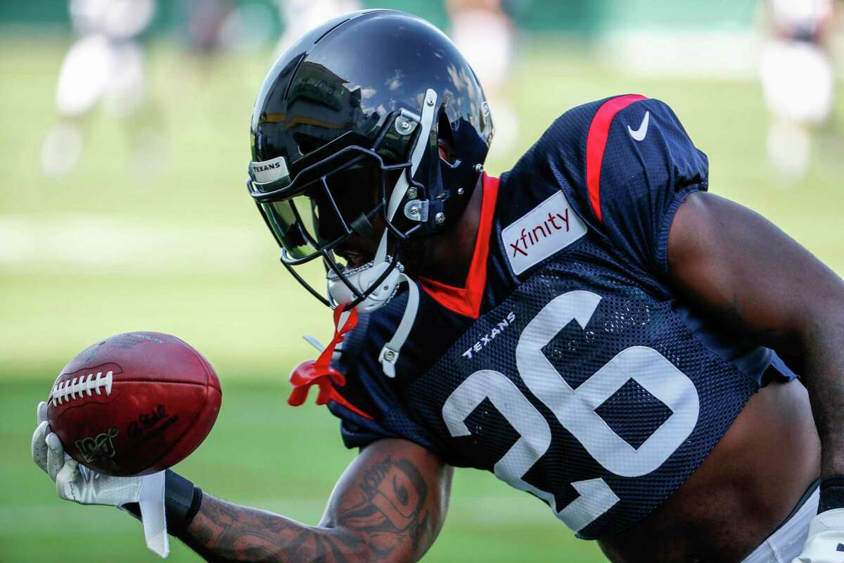 Lamar Miller Miller will be the Texans' primary running back. Miller, who is in the final year of his contract, rushed for 973 yards and 5 touchdowns in 14 games last season.