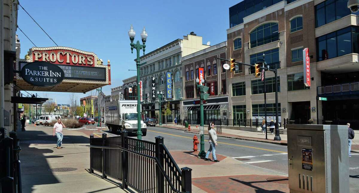 State Street with Proctor's, The Parker Inn and other restaurants are viewed on Friday, April 29, 2016, in Schenectady, NY. (John Carl D'Annibale / Times Union)