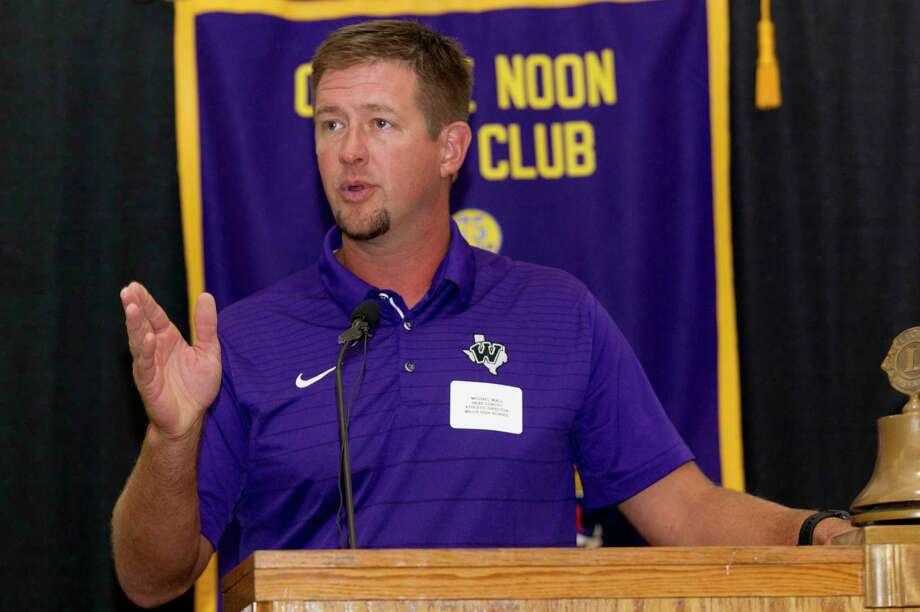 Willis head coach Michael Wall speaks during the 44th annual Conroe Noon Lions Club Buddy Moorhead Pigskin Preview at the Lone Star Convention & Expo Center, Wednesday, Aug. 7, 2019, in Conroe. Photo: Jason Fochtman, Houston Chronicle / Staff Photographer / Houston Chronicle