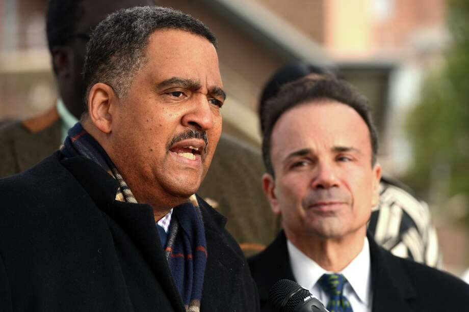 James Slaughter, executive director of the Bridgeport Housing Authority speaks at a press conference with Mayor Jose Ganim at the Charles F. Greene homes, in Bridgeport, Conn. Dec. 17, 2018. Photo: Ned Gerard / Hearst Connecticut Media / Connecticut Post
