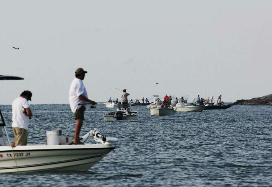 FlatsWorthy, a Texas-based organization of anglers, is working to spread civil, common-sense boating behavior as increasingly crowded bays make understanding and abiding by written and unwritten rules of boating safety and etiquette a key to reducing conflicts on the water. Photo: Shannon Tompkins / Houston Chronicle