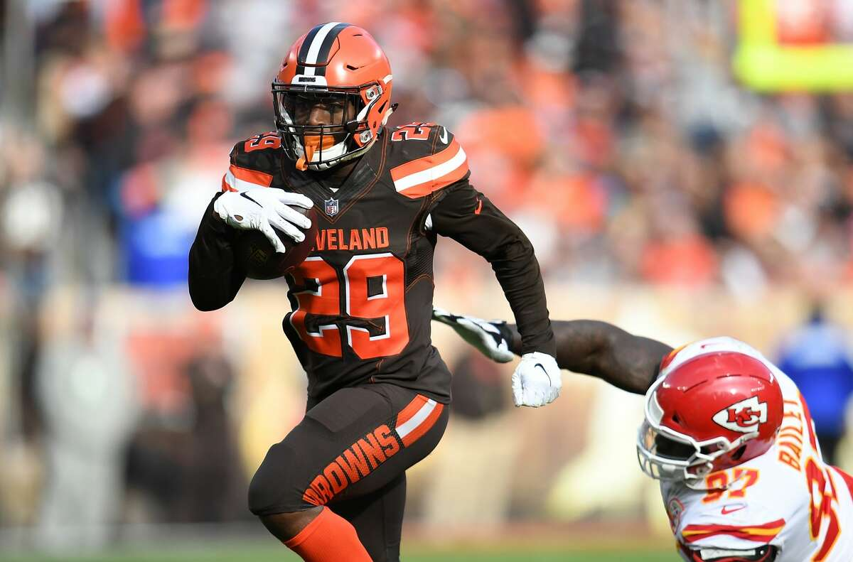 Texans' Duke Johnson practices for first time