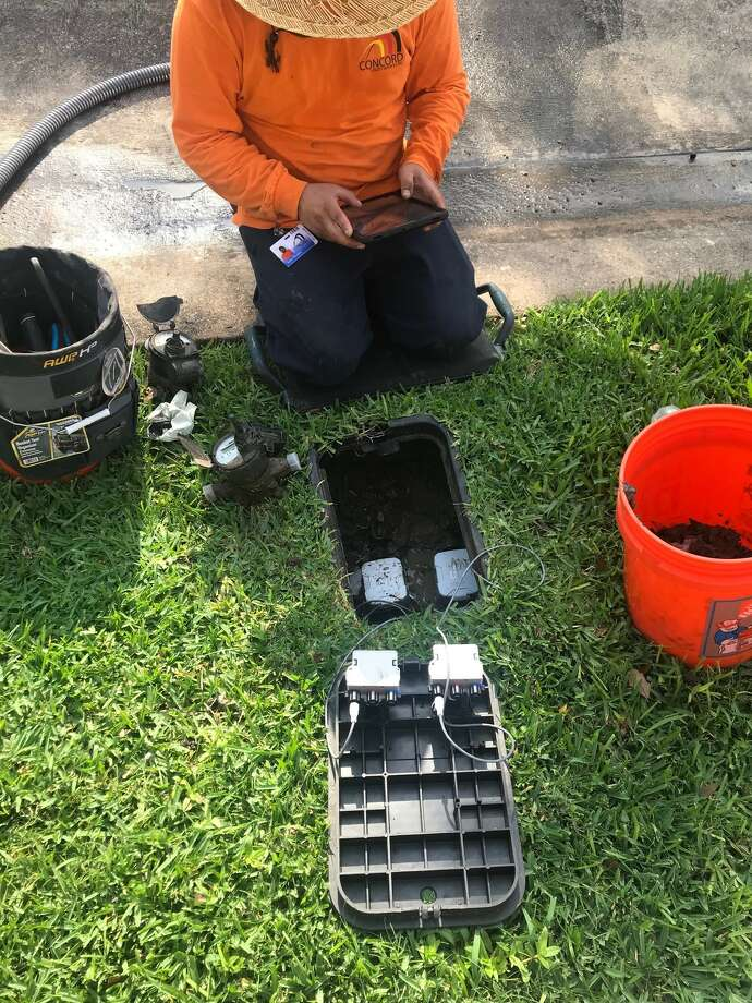 The city of Pearland is switching out homeowners' water meters in a process expected to continue through April. Photo: City Of Pearland