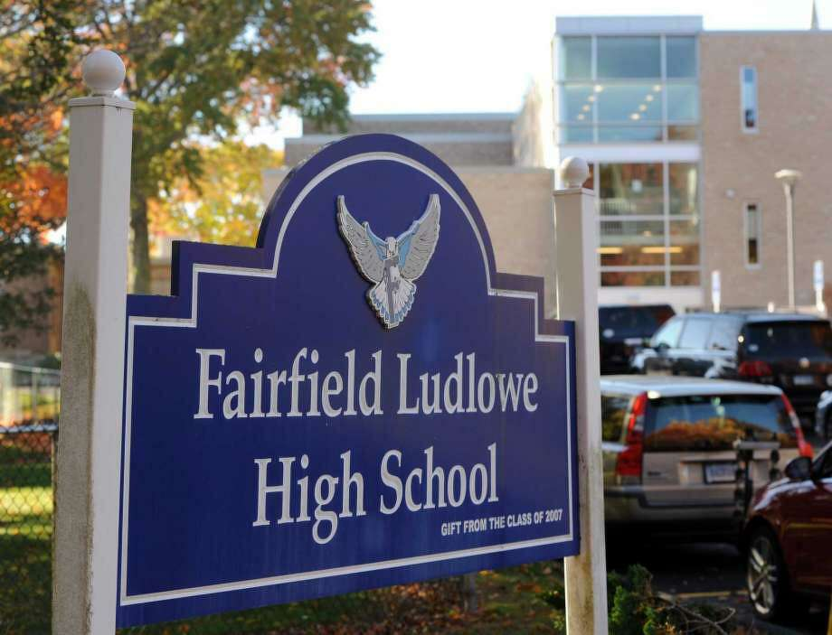 Fairfield school districts ranked in the top 10 in Connecticut. Photo: Cathy Zuraw / Hearst Connecticut Media