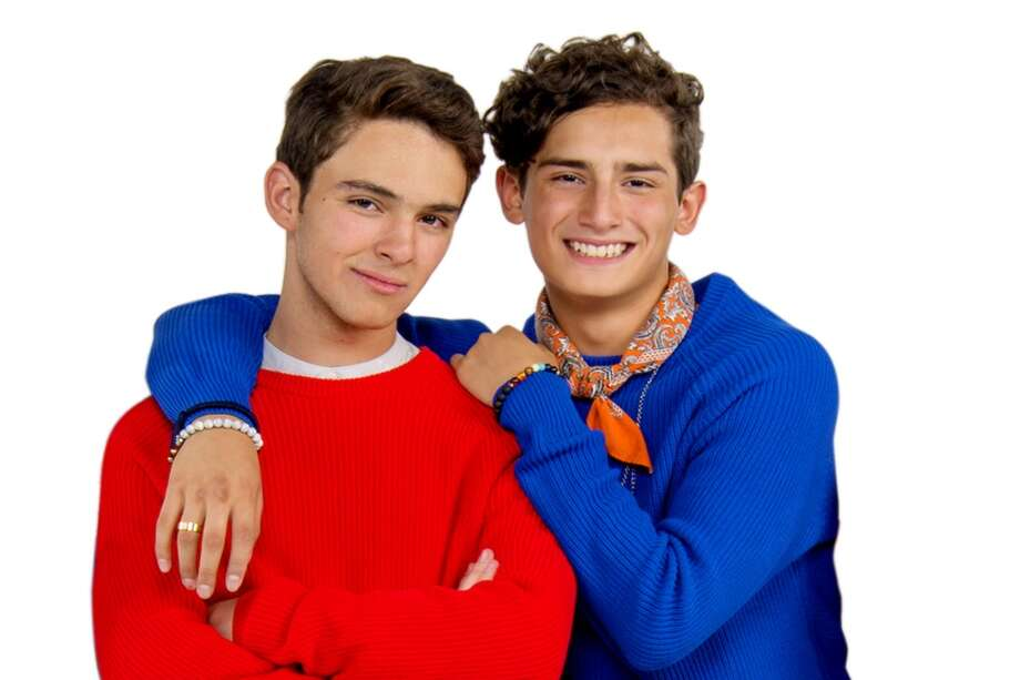 """El Corazón Nunca Se Equivoca"" centers around young couple Aristótles, played by Emilio Osorio, who is ready to begin his music career and his communication studies; and Temo, played by Joaquin Bondoni, who wants to be a politician despite the prejudice that he might encounter. Photo: Univision"