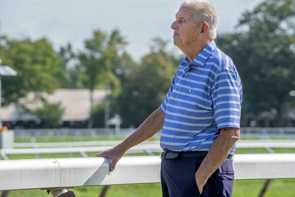 Former Giants coach honors fallen player at Saratoga