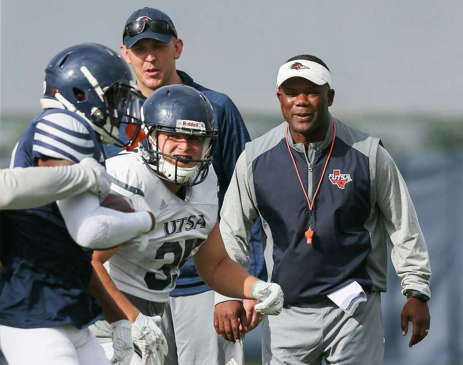 UTSA head football coach Frank Wilson, right, watches action on the field beside offensive coordinator Jeff Kastl during a practice session at the school on Wednesday, Aug. 7, 2019. Photo: Marvin Pfeiffer / / Express-News 2019