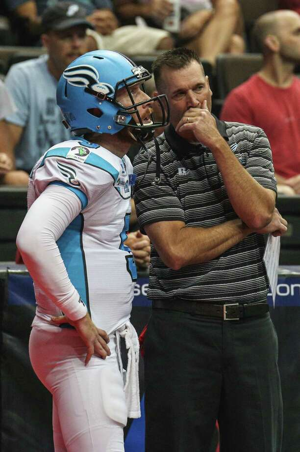 July 18 2015: Philadelphia Soul head coach Clint Dolezel talks with Philadelphia Soul quarterback Dan Raudabaugh (5) during the game between the Philadelphia Soul and the Jacksonville Sharks at Jacksonville Veterans Memorial Arena in Jacksonville, Fl. (Photo by David Rosenblum/Icon Sportswire/Corbis via Getty Images) Photo: Icon Sports Wire / Icon Sportswire