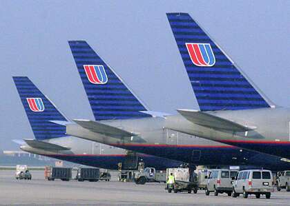 Houston Bound United Passenger Charged In Federal Court With Taking Secret Video In Airplane Bathroom Houstonchronicle Com