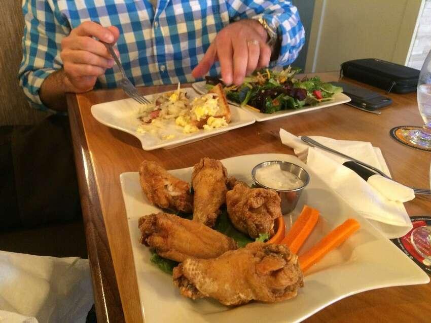Atlas Kitchen and Lounge Mon-Fri 3-6 p.m., Sun-Thurs 9 p.m.-close; American ($7 plates)