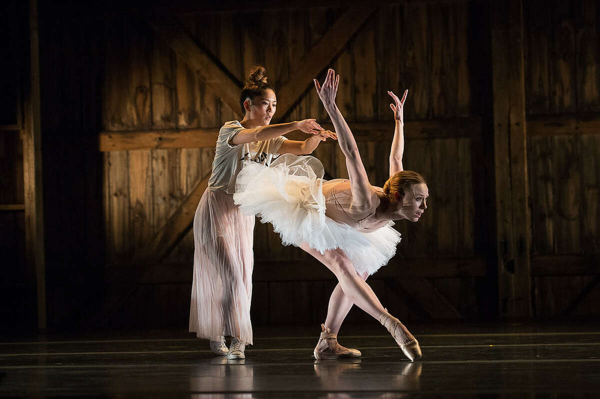 Sara Mearns and Honji Wang in