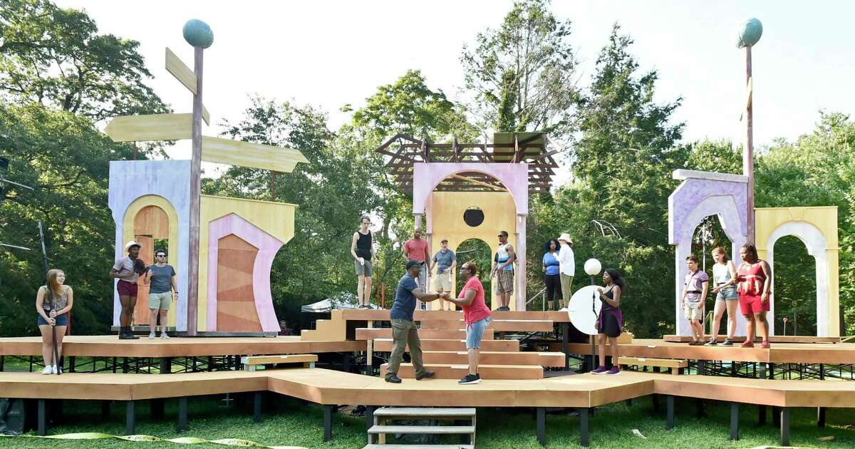 """""""As You Like It"""" at Edgerton Park, New Haven The classic Shakespeare play """"As You Like It"""" will be performed by the teen troupe of the Elm Shakespeare Company all weekend long. Find out more."""
