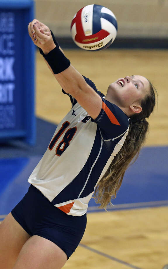 Brandeis' Selby Draker retrieves a ball during the Broncos' season-opening match vs. Churchill at Northside Sports Gym on Aug. 6, 2019. Photo: Tom Reel