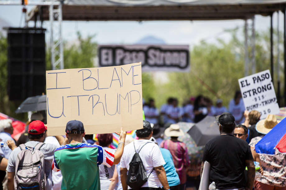 Several hundred people gather to demonstrate against white supremacy and President Donald Trump's visit four days after the El Paso shooting. Photo: Marie D. De Jesús/Staff Photographer