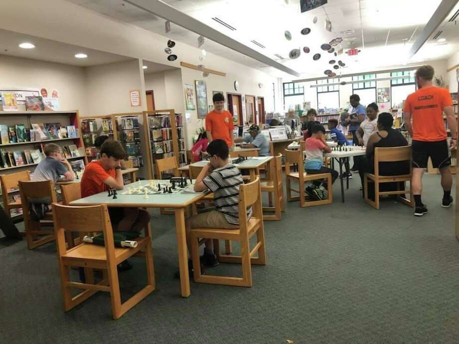 The North Branch Bridgeport Public Library is inviting city residents to attend free chess class Saturday. Photo: City Of Bridgeport