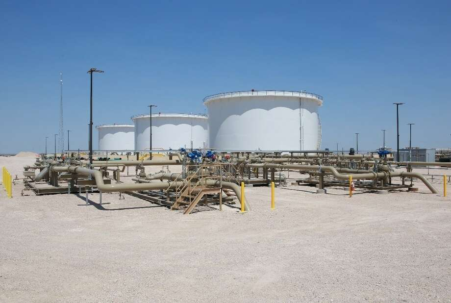 An affiliate of the Qatar Investment Authority has acquired a $550 million stake in Oryx Midstream Partners from an affiliate of Stonepeak Infrastructure Partners. With more than 1,200 miles of pipeline and 2.1 million barrels of storage, Oryx is touted as the largest privately-held crude oil pipeline and storage terminal operator in the Permian Basin of West Texas and New Mexico. Photo: Oryx Midstream LLC /