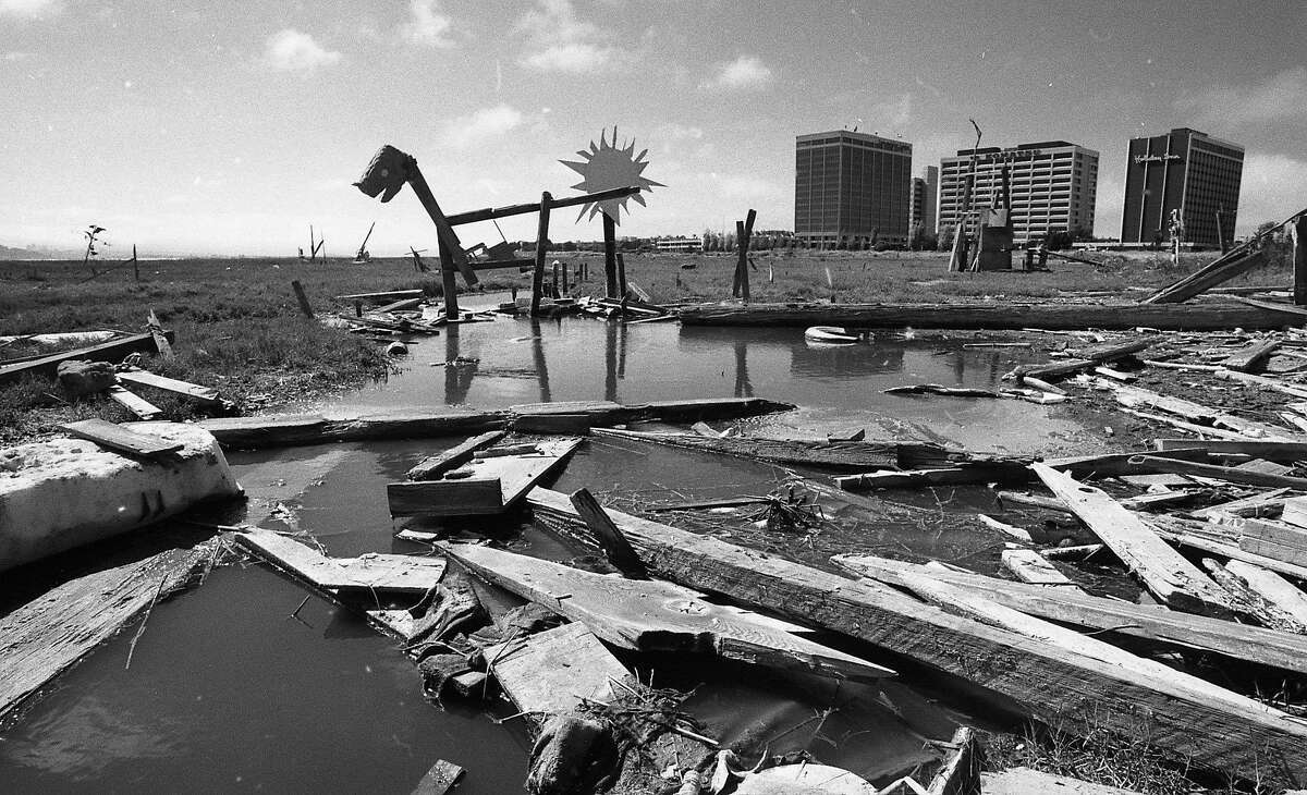 Art sculptures made from driftwood and wood scraps on the Emeryville mud flats were easily seen from the freeway and bridge approaches August 29, 1986