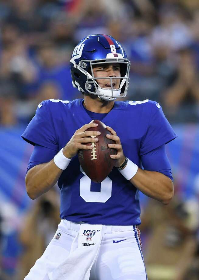 EAST RUTHERFORD, NEW JERSEY - AUGUST 08: Daniel Jones #8 of the New York Giants looks to pass in the first quarter during a preseason game against the New York Jets at MetLife Stadium on August 08, 2019 in East Rutherford, New Jersey. (Photo by Sarah Stier/Getty Images) Photo: Sarah Stier / 2019 Getty Images