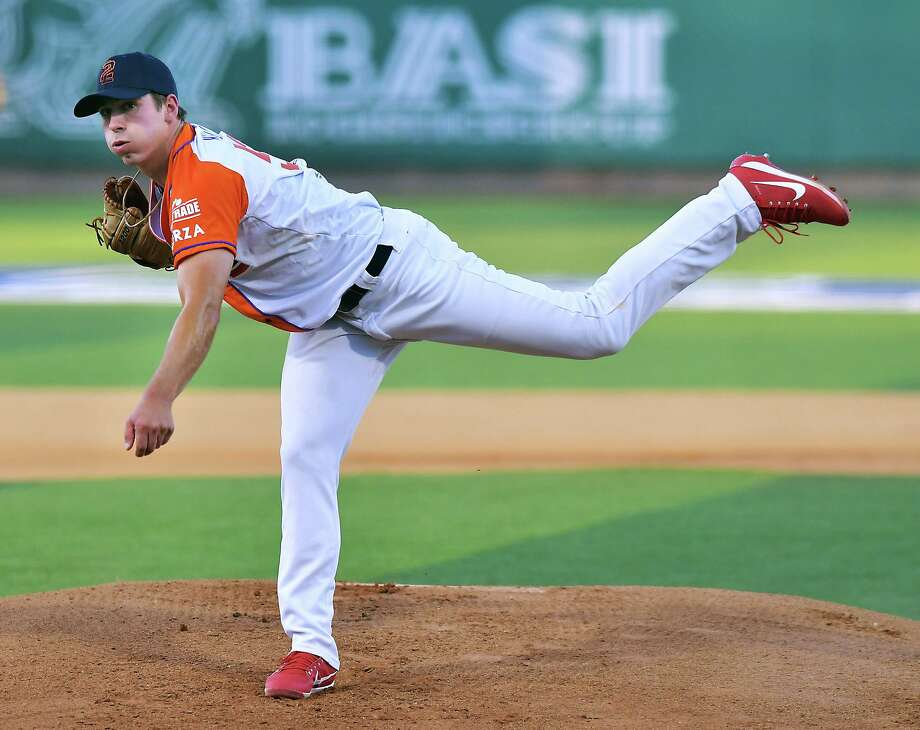 Despite a solid performance by starting pitcher Luke Heimlich, the Tecolotes fell to Monterrey 4-1 Saturday. Photo: Cuate Santos /Laredo Morning Times / Laredo Morning Times