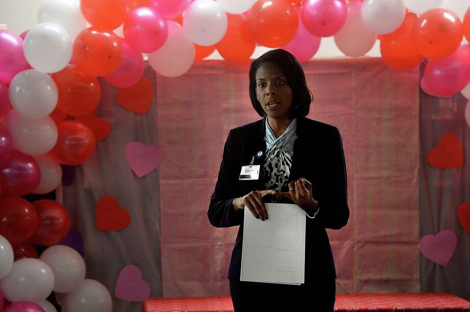 Dr. Shannon Allen, BISD assistant superintendent for secondary schools, opens the community meeting during which ResponsiveED charter school managament organization members talked about their upcoming partnership with Fehl - Price Elementary School and what changes can be expected. Photo taken Tuesday, February 19, 2019 Kim Brent/The Enterprise Photo: Kim Brent / The Enterprise / BEN