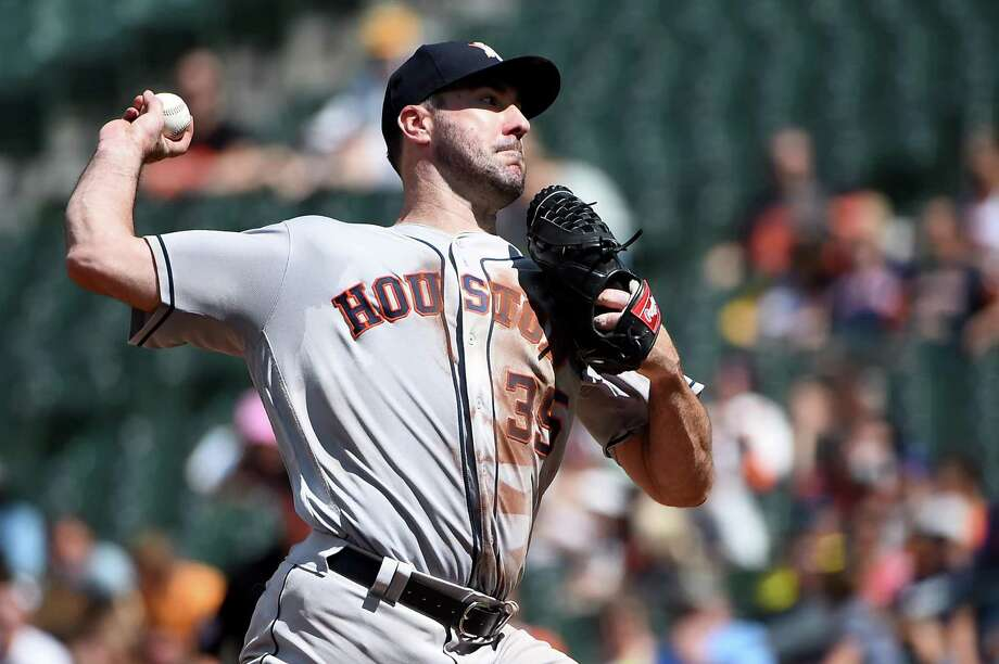 Justin Verlander (35) of the Houston Astros pitches during the fifth inning against the Baltimore Orioles at Oriole Park at Camden Yards on August 11, 2019 in Baltimore, Maryland. Photo: Will Newton, Stringer / Getty Images / 2019 Getty Images