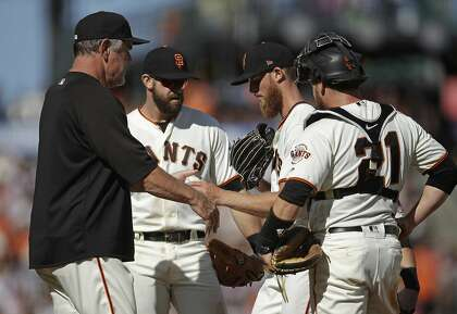 Giants take game, series from Phillies as Will Smith starts on the mound and plate
