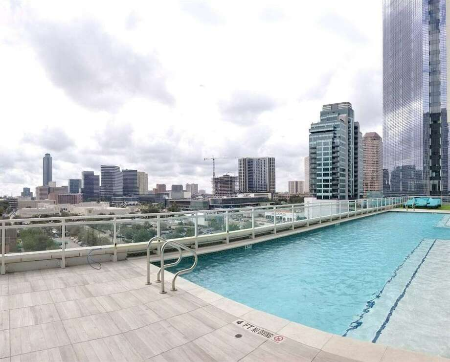 10. 1409 Post Oak Boulevard #1204, HoustonSold price range: $1,242,001 - $1,425,0002,826 sq. ft.Astoria building amenities: Valet service, concierge, pool, elevator entrances, exercise room, party room, service elevator and trash chute. Photo: Houston Association Of Realtors