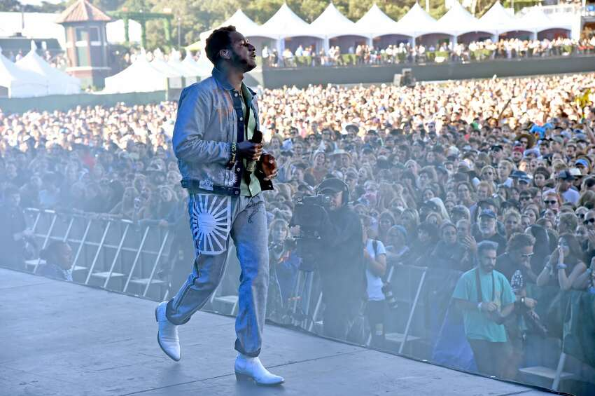 SAN FRANCISCO, CALIFORNIA - AUGUST 11: Leon Bridges performs onstage during the 2019 Outside Lands Music And Arts Festival at Golden Gate Park on August 11, 2019 in San Francisco, California. (Photo by Jeff Kravitz/FilmMagic)
