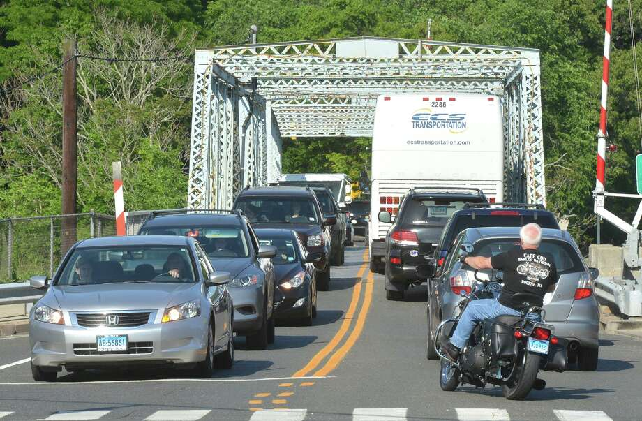 Traffic on the William Cribari Memorial Bridge over the Saugatuck River during rush hour on Tuesday May 31 in Westport, Conn. Photo: Alex Von Kleydorff / Hearst Connecticut Media / Connecticut Post