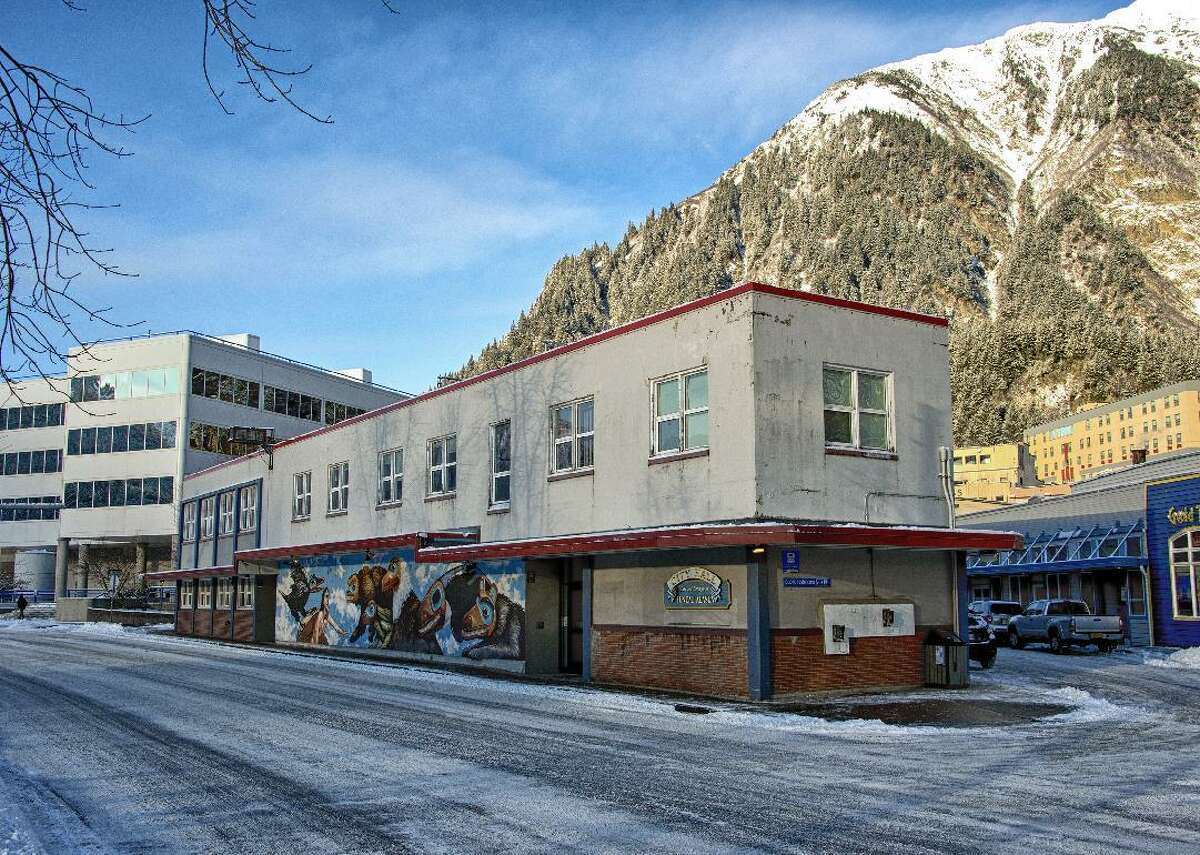 Alaska: Juneau City and Borough - Median county household income in 2013: $81,490 - Median county household income in 2017: $90,749 (Five-year percent change: 11.36%) - Alaska median income in 2017: $76,114 - Total county households in 2017: 12,273 (Five-year percent change: 1.44%; State total: 252,536) - County households making $100k or more in 2017: 45% (Five-year percent change: 25.7%; State total: 36.2%) This slideshow was first published on theStacker.com