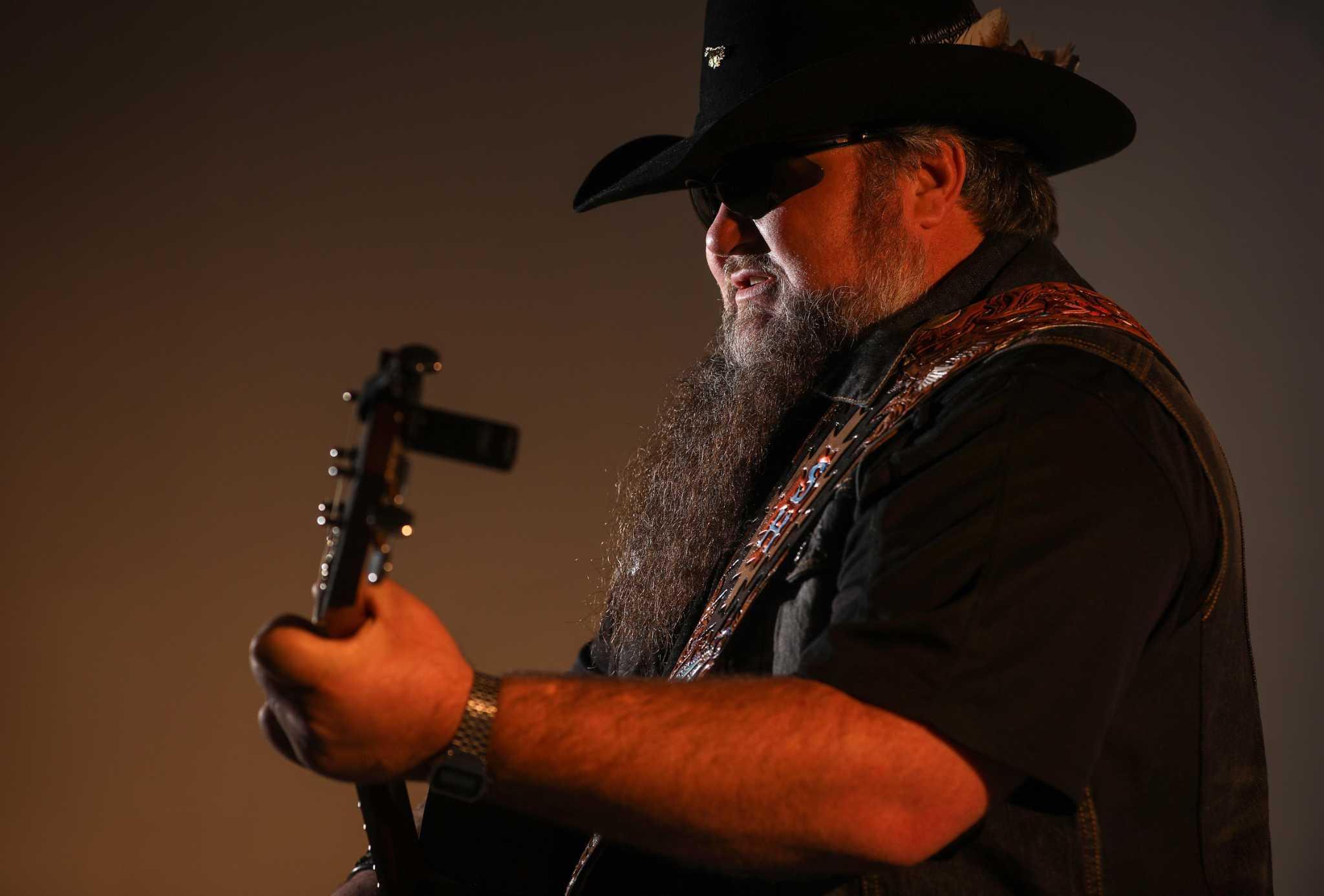 Houston singer Sundance Head moves past 'The Voice' with debut album