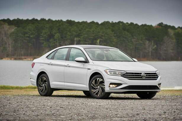 The 2019 Volkswagen Jetta features an economic engine.