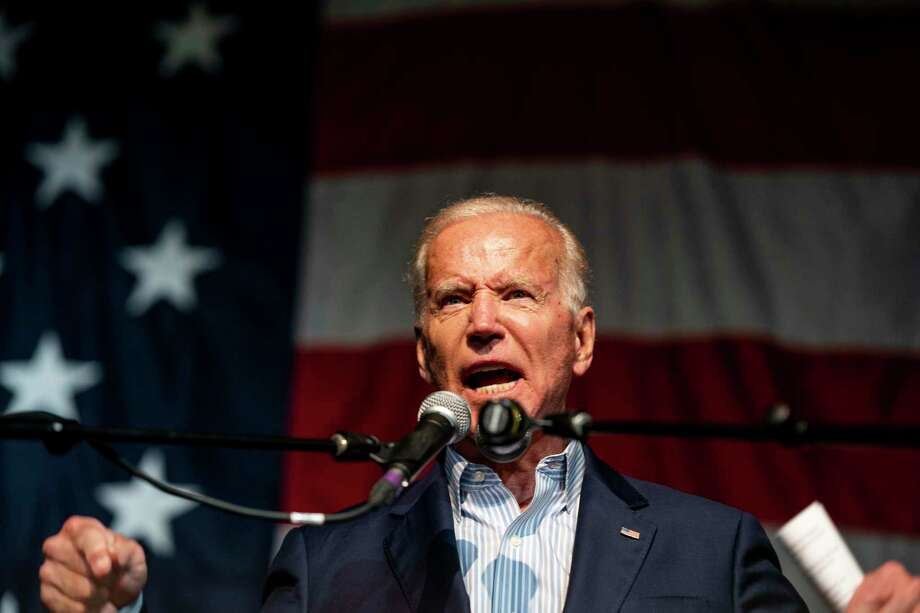 Former vice president Joe Biden speaks to voters at the 2019 Iowa Democratic Wing Ding in Clear Lake, Iowa, on Aug. 9, 2019. Photo: Washington Post Photo By Melina Mara / The Washington Post