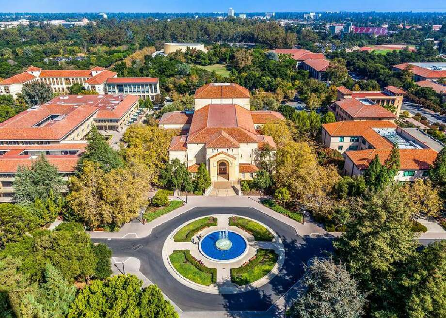 Click ahead to see the 50 best colleges on the West Coast >>> Photo: Turtix // Shutterstock