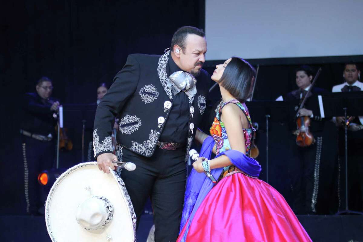Angela Aguilar, daughter of Pepe Aguilar, is on the Jaripeo Sin Fronteras tour.