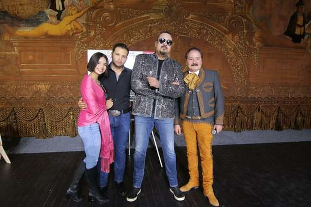Pepe Aguilar and his family are on tour with Jaripeo Sin Fronteras 2019.