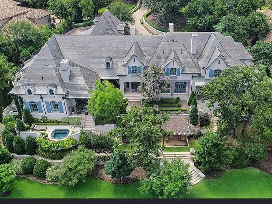 National Rifle Association chief executive Wayne LaPierre attempted to have the nonprofit organization purchase him this home in Texas. Photo: Realtor.com