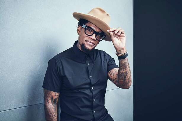 Houston Improv presents D.L. Hughley.